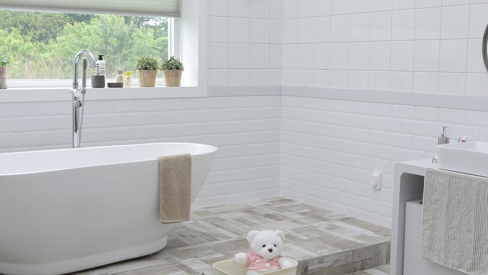 Le type de carrelage au sol adapté pour une salle de bain